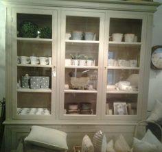Amazing storage in this dresser
