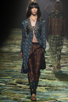 Dries Van Noten Spring 2015 Ready-to-Wear - Collection - Gallery - Look 37 - Style.com