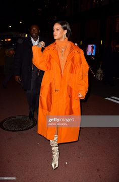 at her event in New York City for new collection from the brand Mode Rihanna, Rihanna Riri, Rihanna Style, Celebrity Dresses, Celebrity Style, Blackpink Fashion, Fashion Outfits, Divas, Concert Looks