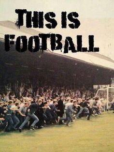 Against modern Football Football Drills, Football Soccer, Soccer Hooligans, Millwall Fc, Ultras Football, Casual Art, Football Casuals, Athletic Clubs, School Football