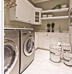 The basement laundry room doesn't have to lack style. These all basement laundry room ideas 2019 offer easy design for a better laundry room. Basement Laundry, Laundry In Bathroom, Laundry Rooms, Laundry Baskets, Bathroom Plumbing, Basement Bathroom, Laundry Area, Laundry Tips, Bathroom Ideas