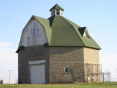 Iowa round barn -S. side of Monroe, Fairview Township, Jasper County, IA
