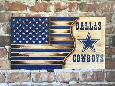 Dallas cowboys flag wood flag football home decor man Dallas Cowboys Logo, Dallas Cowboys Crafts, Dallas Sports, Nfl Sports, Pittsburgh Steelers, Cowboy Home Decor, Cowboy Crafts, Army Decor, American Flag Wood