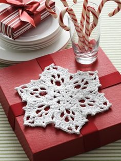 Snowflake Dishcloth | Yarn | Free Knitting Patterns | Crochet Patterns | Yarnspirations