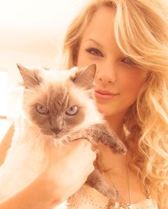Posted originally by Taylor Swift Universe on Google+
