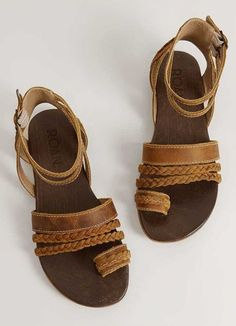 cca6ac8d6d60 Roan Sher Leather Sandal - Women s Shoes in Rodeo Tan