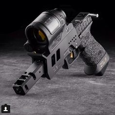 Tricked out Glock 17