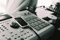 Akai MPC 2000XL iPod