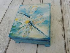 Shell love the beautiful Dragonfly Jewelry Box Dragonfly Gift