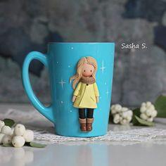 Осень, девочки мои утепляются Очередь движется, новых заказов пока не беру, надеюсь к новому году открыть запись... И по брошкам завтра будет информация для тех, кто терпеливо ждет  #пластика #кружканазаказ #кружка #девочка #хобби #хэндмэйд #своимируками #творчество #sweet_craft #polymerclay #cup #girl #cute #art #handmade #hobby #Ижевск #полимернаяглина #подарок #gift #сделанослюбовью #декоркружки #instamom #instamoment #инстамама #волшебство #magic #fimo #фимо #Ижевск