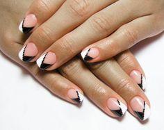 Diagonal French manicure: diagonal black & white french manicure