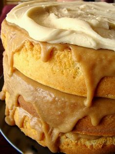 Gooey Caramel Cake - This the THE cake for all caramel lovers! If you're short on time, use a caramel cake mix and make the filling and icing!