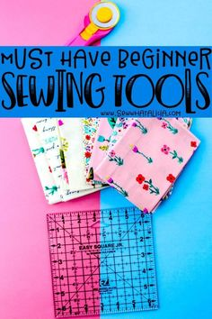Sewing Tools all Beginners Need: If you want to start sewing but you aren't sure what tools you need, this is the post for you. Here are all the best sewing tools for beginners. Easy Sewing Patterns, Easy Sewing Projects, Sewing Projects For Beginners, Sewing Hacks, Sewing Tutorials, Sewing Crafts, Sewing Ideas, Dress Patterns, Apron Patterns