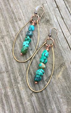 Genuine Turquoise Earrings, Hammered Copper Hoop Earrings, Natural Turquoise Stone Jewelry - List of the best jewelry Handmade Wire Jewelry, Copper Jewelry, Earrings Handmade, Jewelry Gifts, Handmade Jewelry Designs, Diy Earrings Easy, Diy Jewelry Unique, Diy Crafts Jewelry, Diy Jewelry Making