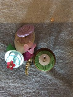 Bouquet of buttons- buttons, wire, brooch backing