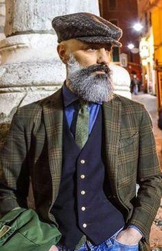 Another well dressed beard. Dapper Gentleman, Gentleman Style, Burberry Men, Gucci Men, Grey Beards, Beard Model, Casual Wear For Men, Men With Grey Hair, Hipster Man