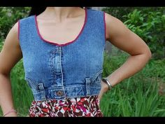 Recycled jeans made into the top of this outfit - Cool Denim Projects Sewing Clothes, Diy Clothes, Estilo Jeans, Diy Jeans, Denim Ideas, Denim Crafts, Recycled Denim, Refashioning, Denim Outfit