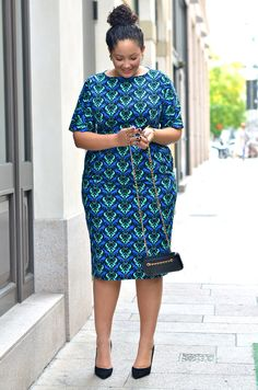 Today we present to you some alluring African ankara gowns that will give you that awesome look you need for all your outing, occasions and every other special event. These& The post Gorgeous African ankara gowns appeared first on DarlingNaija. Short African Dresses, Latest African Fashion Dresses, African Print Dresses, African Print Fashion, Curvy Fashion, Plus Size Fashion, Ankara Dress Designs, Shweshwe Dresses, Looks Plus Size