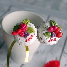 https://www.facebook.com/commerce/products/1261585220600308/ A sweet love teaspoons