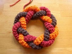 "Change up the colors, nice interchangeable decoration wreath, with small ""badge pins"" to attach seasonal decorations."