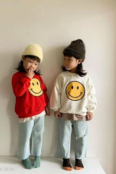SMILE SWEATSHIRT (TINIES) – The Yo! Store