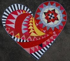 The Newest Heart Quilt by Janice Schindeler. Posted by Gail Garber. Colorful Quilts, Small Quilts, Mini Quilts, Quilting Projects, Quilting Designs, Quilt Inspiration, Quilt Modernen, Quilted Wall Hangings, Applique Quilts