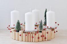 Kerzenständer - Adventskranz aus Holz | Schneeweißchen + Rosenrot - ein Designerstück von Sinnenrausch bei DaWanda