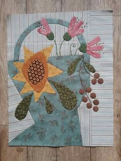 Cheri Payne Baskets of Plenty Wool Quilts, Scrappy Quilts, Barn Quilts, Mini Quilts, Wool Applique Patterns, Applique Quilts, Quilt Patterns, Cute Quilts, Small Quilts