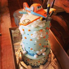 Disney Planes Cake! This was Anderson's 3rd birthday cake - a dusty crophopper cake!