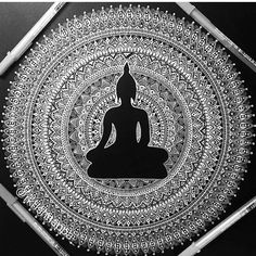 Just for fun posting the colorful Buddha mandala in black and white - still looks gorgeous right ? 😊 if you wish to see the colored version scroll through few posts you will find it. Drawn with jelly roll pens. Buddha Drawing, Doodle Art Drawing, Buddha Painting, Buddha Art, Art Drawings, Wall Drawing, Painting Canvas, Mandala Art Lesson, Mandala Artwork