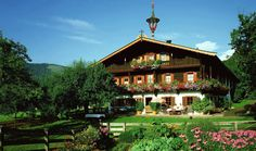 Property for sale in Tirol Austria by Euroburo. Innsbruck, Hall In Tirol, Houses In Germany, Wilder Kaiser, Tirol Austria, Alpine Style, Swiss Chalet, Holiday Apartments, France