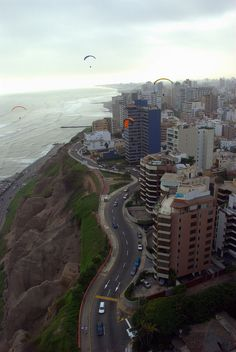 Cliffside, Lima, Peru tomorrow or the next day maybe(: Can't wait! Bolivia, Places To Travel, Places To See, Travel Destinations, Ecuador, Places Around The World, Around The Worlds, Chile, Peru Travel