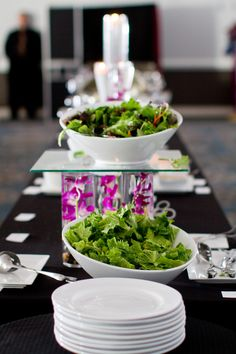 Love the way they used floral to make different levels on this wedding buffet