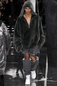 9391d15538 Fenty x Puma Fall 2016 Ready-to-Wear Fashion Show - Geron McKinley