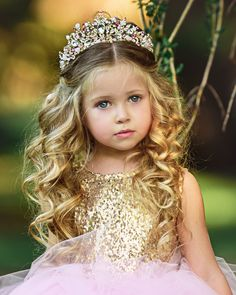Shop Online for adorable Birthday Dresses for girls at Lauren Girl Clothing Boutique. We offer beautiful hand made Princess and Ballerina Birthday Dresses sure to please even the choosiest Princess on her Special Day. Princess Hairstyles, Flower Girl Hairstyles, Crown Hairstyles, Formal Hairstyles, Little Girl Wedding Hairstyles, Pageant Hairstyles, Birthday Girl Dress, Birthday Dresses, Princess Birthday
