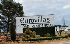 Chalet señorial en venta Urbanizacion en Venta en #Eurovillas, #VillardelOlmo, #NuevoBaztan #Madrid.  ......MUY BUENAS CALIDADES   http://rem.ax/1GHGIs6