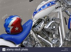 Download this stock image: Harley-Davidson custom motorbike with stars and stripes paintwork in honour of Evel Knievel - B8PEX7 from Alamy's library of millions of high resolution stock photos, illustrations and vectors.