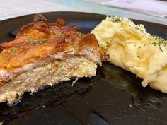 Meatloaf, Lasagna, Bacon, Ethnic Recipes, Food, Essen, Meals, Yemek, Pork Belly