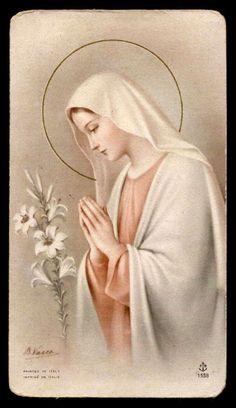 Catholic Religion, Catholic Art, Blessed Mother Mary, Blessed Virgin Mary, Religious Images, Religious Art, Pieta Statue, Mother Mary Images, Virgin Mary Art