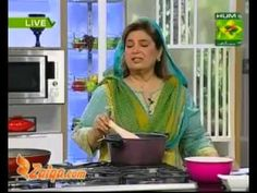 Aloo Ki Bhajia, Channay Ka Salan, Halwa And Puri by Shireen Anwer - YouTube