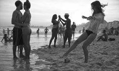 """EXCLUSIVA RIO - Fotos do fotógrafo americano David Alan Harvey que estarão no seu próximo livro sobre o Rio, """"Beach Games"""". Imagens cedidas especialmente para o perfil publicado no dia 08/02/2015. PROIBIDA A REPUBLICAÇÃO. Foto: David Alan Harvey / ."""