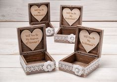 Will You Be My Bridesmaid Box Bridesmaid Proposal Box Maid of Honor Gift Box Sister of the Bride Gift Bridesmaids Gift Wooden Jewelry box / http://www.deerpearlflowers.com/will-you-be-my-bridesmaid-deas/