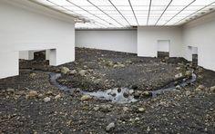 Olafur Eliasson decontextualisation d'éléments tel que la lave, la glace l'eau préléver en islande
