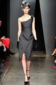 Donna Karan Fall 2012 RTW - Review - Collections - Vogue. She's one of my favorite designers...probably because i can actually wear what  she designs XD