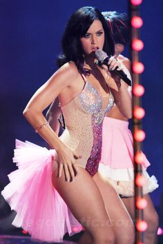 the sexy and amazing katy perry on stage