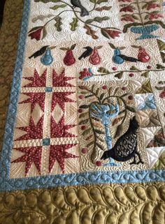 Hand Applique, Wool Applique, Applique Quilts, Blackbird Designs, Bird Feathers, Quilting Designs, Book Design, Scrap, Blackbirds