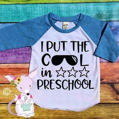 I put the cool in school kids back to school shirt preschool kindergarten grade shirt back to school shirts Back to school cool shirt Vinyl Shirts, Boys Shirts, Bella Shirts, Tee Shirts, School Fashion, Kids Fashion, Fashion 2018, Vinyl Designs, Shirt Designs