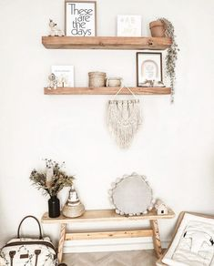 In love with the gender neutral boho nursery @dicolaaa has put together for her little one, featuring the Coven and Co mini macrame wall hanging ☼☽ ☆