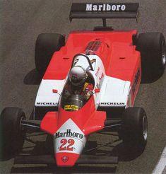 Alfa Romeo 182 - 1982  Piloti: Andrea De Cesaris Bruno Giacomelli  Progettista: Alfa Romeo 182 - Gerard Ducarouge   N. Cilindri 12 Cilindrat...