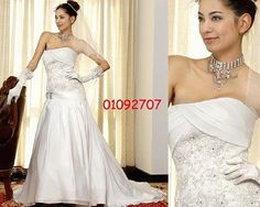 Elegantes Brautkleid aus Satin A-Linie